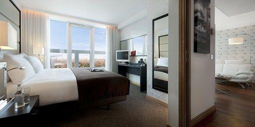 233 € -- London-Städtereise ins Design-Hotel & Flug, -100 €