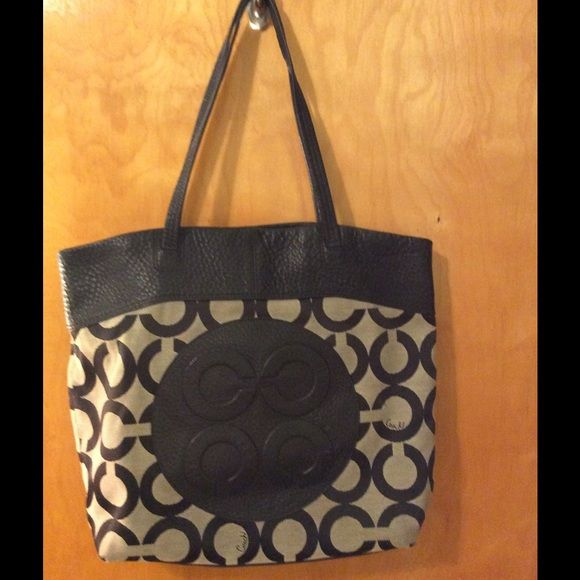 Black leather and gray Coach tote bag! This was one of my favorite Coach totes! Great size. Has a few small frayed spots at bottom from use (pictured). Coach Bags Totes