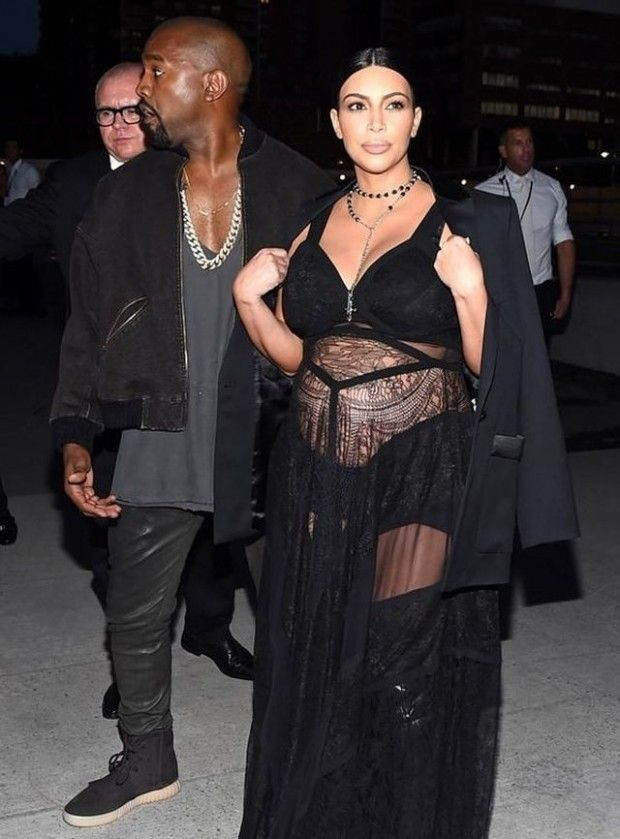 Fashion couple goals! How good does Kanye look in the new Yeezy 750 Boost? http://buff.ly/1JbW8ill?utm_content=buffer652c0&utm_medium=social&utm_source=pinterest.com&utm_campaign=buffer