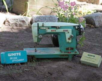 Vintage 1950s Turquoise Sewing Machine, WHITE Sewing Machine 671 21171, Mid Century Modern Sewing Machine,