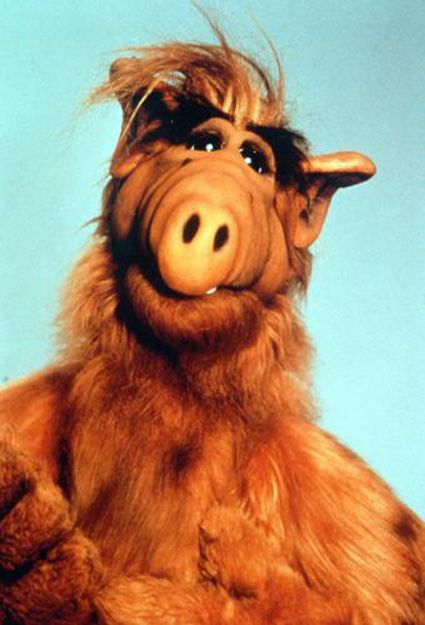 I don't know what scares me more, Alf or zombies... hmm