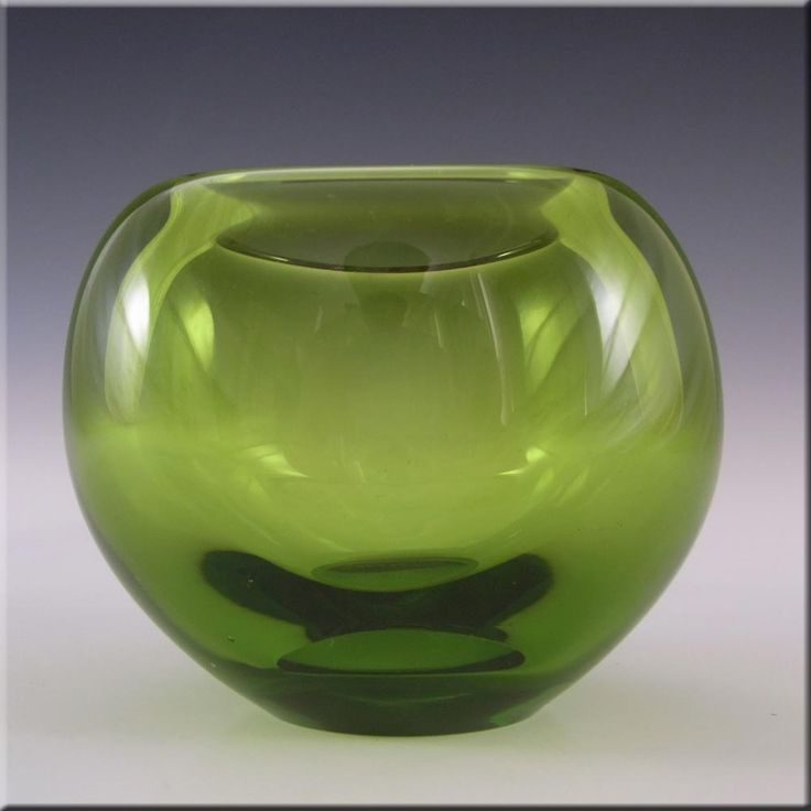 Holmegaard 1960's Per Lutken Green Glass Vase Signed - £40.00