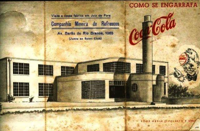 Fabrica da Companhia Mineira de Refrescos era localizada na Avenida Barão do Rio Branco n:1365 ( Junto ao Sport club ) Rogério Gomes comentou:Foto da da década de 1940