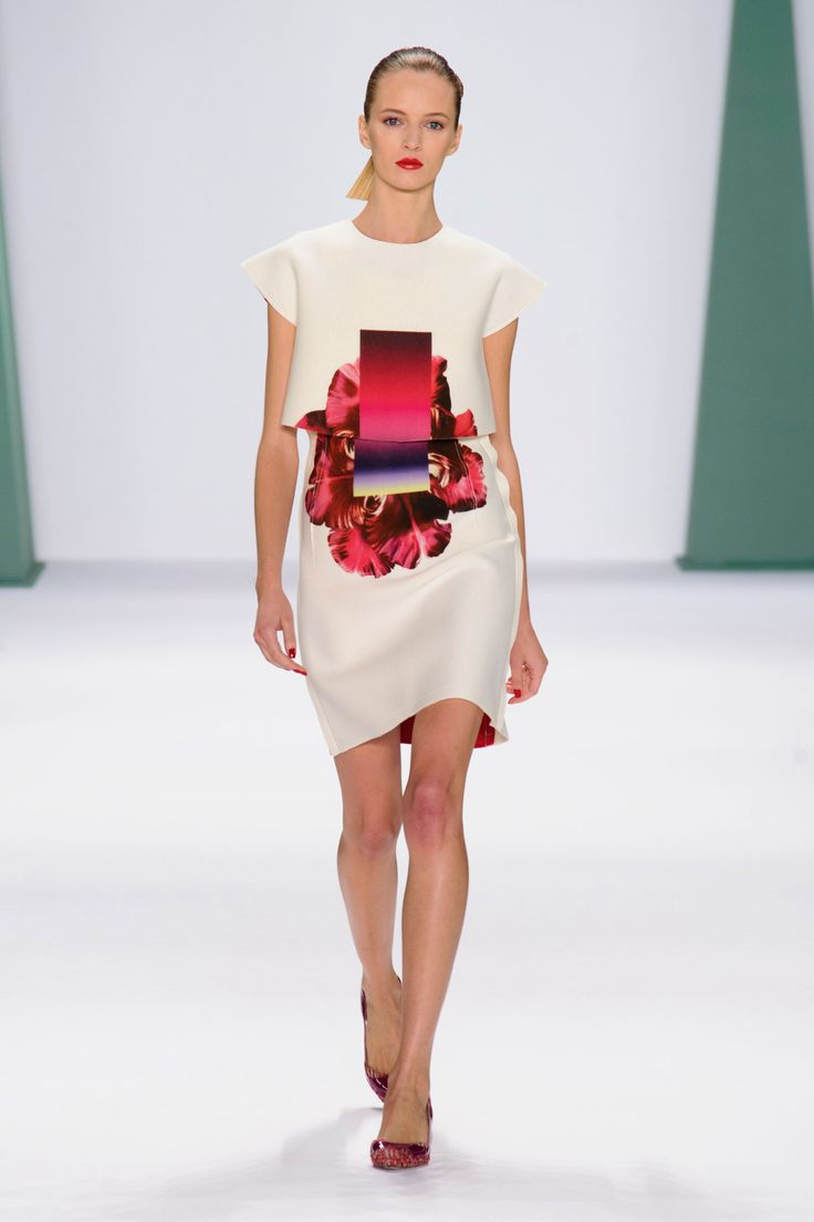 Carolina Herrera wiosna-lato 2015, fot. Imaxtree