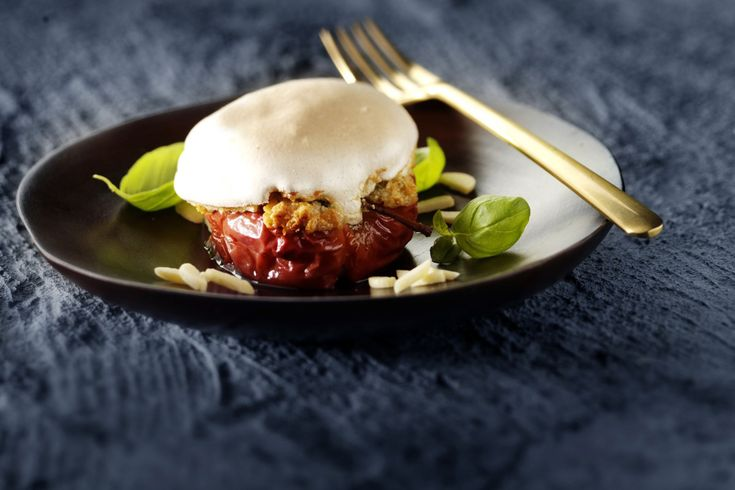 Baked Apples with Blue Cheese and Meringue Topping | Castello Canada