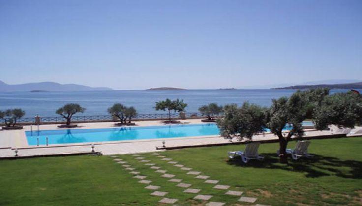 28η Οκτωβρίου στο 4* Europa Beach Hotel στο Γαλαξείδι μόνο με 159€!