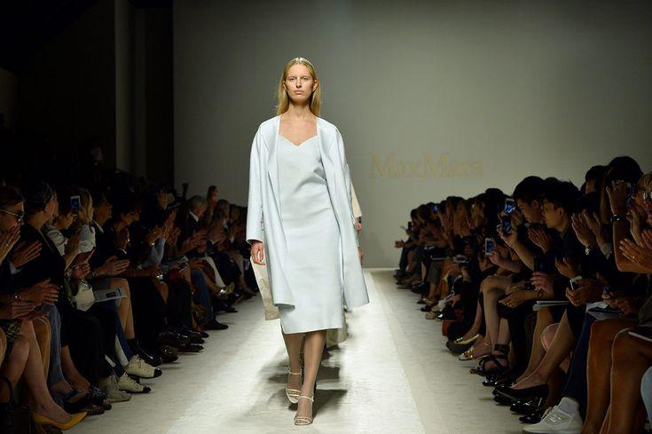 El glamour de Milan Fashion Week SS2014 Karolina Kurkova en la pasarela de Max Mara SS2014