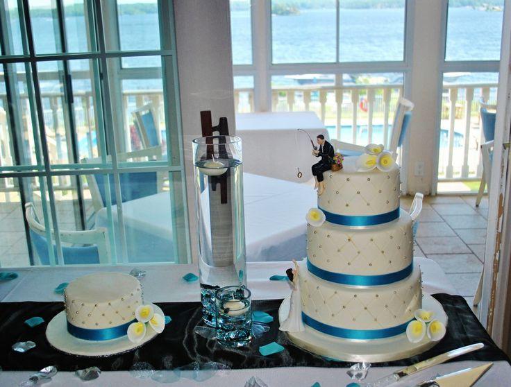 Wedding by the water #love #wedding #weddingcake #lake #perfectcatch #sweetsisterchicsisterst