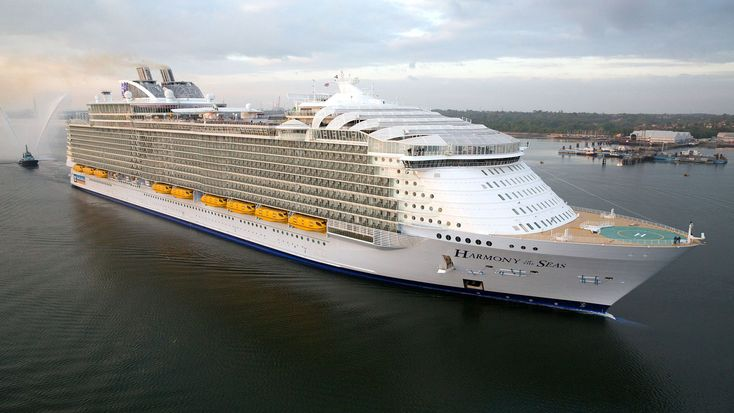 RCCL to build fifth Oasis ship, two more Edge ships: Travel Weekly