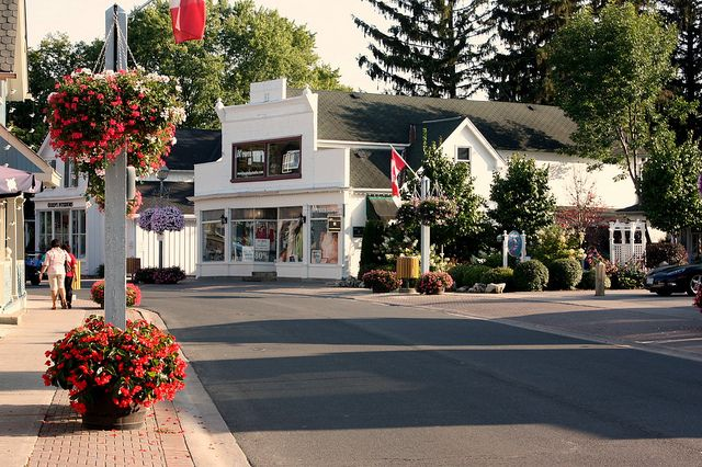 Unionville, Ontario... The first season of Gilmore Girls was filmed here... It does look awfully charming, like Stars Hollow!