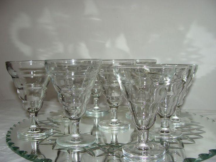 SUPERBES 9 ANCIENS VERRES A BISTRO PINEAU PORTO EN VERRE DURALEX FRANCE et BVB | Céramiques, verres, Verre, cristal, Grands noms français | eBay!