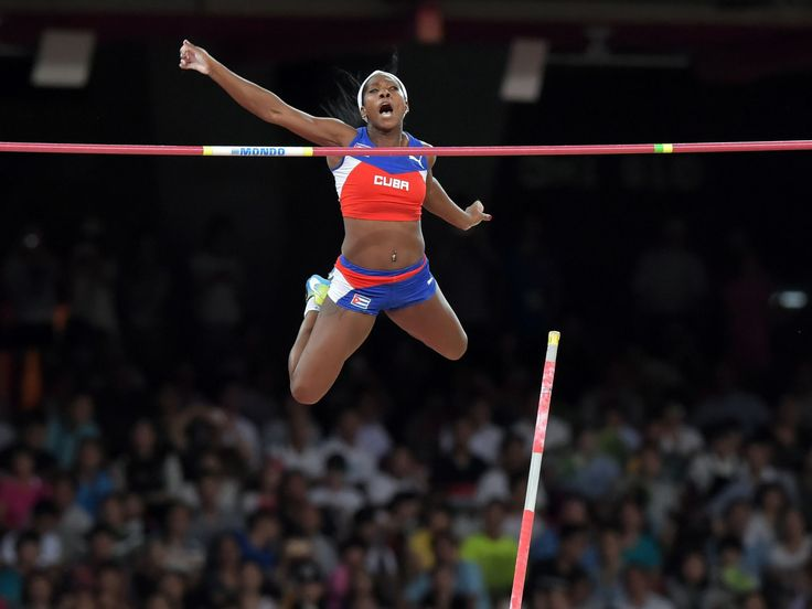 Yarisley Silva (CUB) wins the womens pole vault at 16-1 (4.90m).  Kirby Lee, USA TODAY Sports