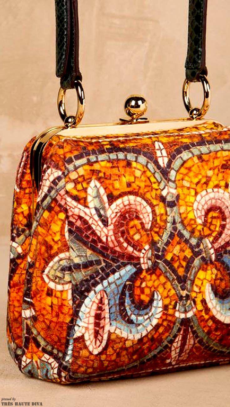 Michael Kors handbag  % authentic Michael Kors handbag. Just used one time. Its like brand new! Michael Kors Bags Totes