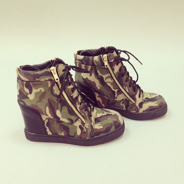 I like camo anything!! These rock!