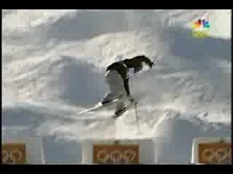 Jonny moseley Slow mo of Dinner roll. This is the best sports commentary of all time. ALL TIME.