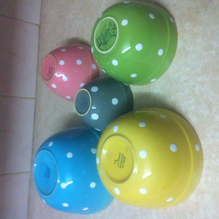 Diana ware polka dot bowls