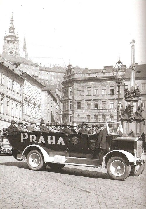 Trip in Prague? Unitl 1926 Prague Electric Utilities provided bus trips through the city