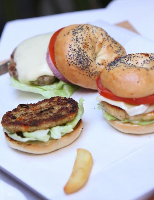 Triple Taste: Triple Taste  Cheese burger, White meat burger, Veggie burger