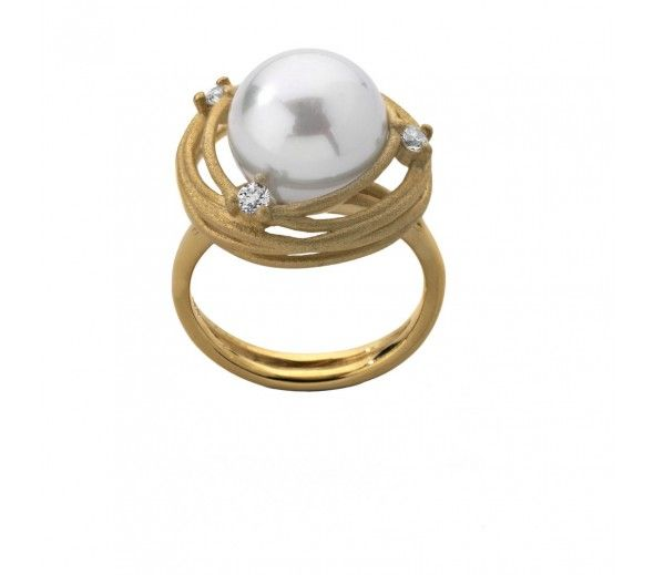 The chic, gold and diamond, 'Nest' ring! #Majorica #finejewelry #diamonds #gold #janesjewelers