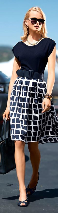 Business Lady 2015 Outfits - Trending Dark Blue Color. Flowy and soft skirt and the wide belt office wear look.
