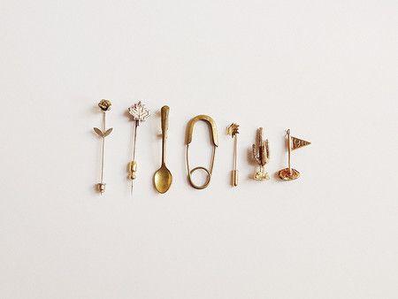 gold pins ♡