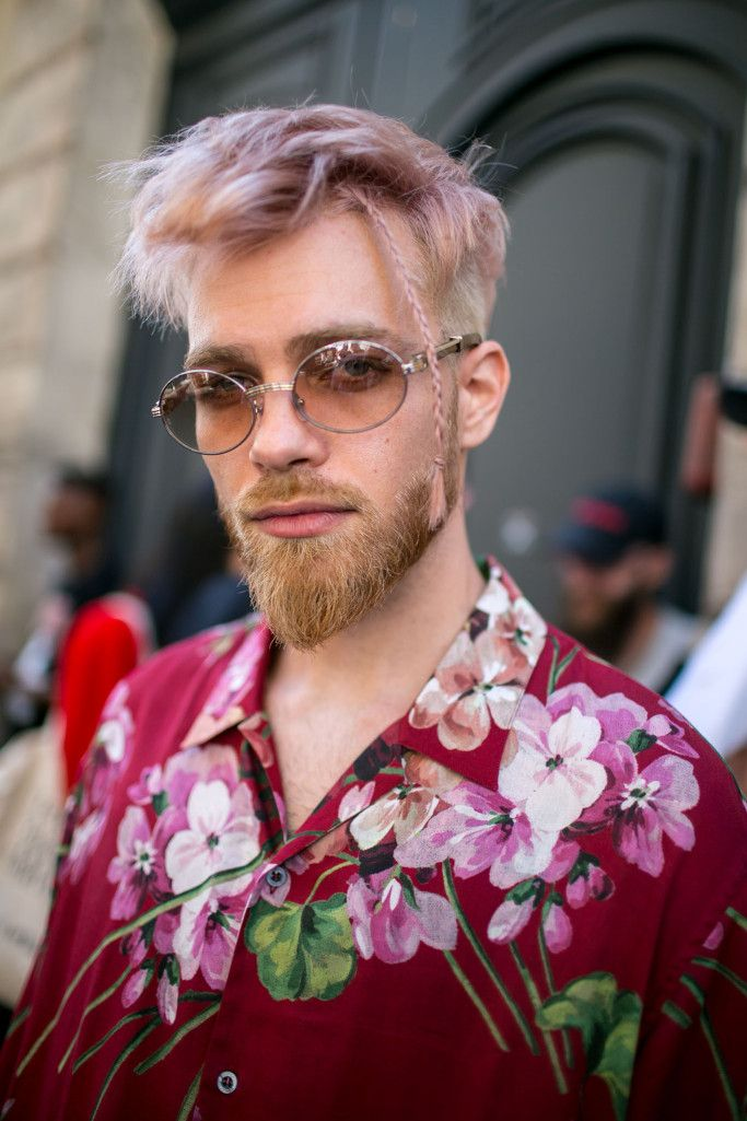 Street style at Paris Fashion Week Men's Spring 2018