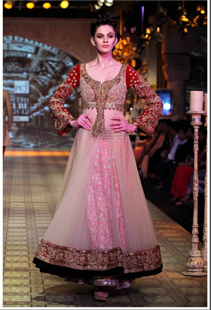 Manish malhotra bridal collection 2014 - Beauty How To Makeover An Old Lehenga Designed By Manish Malhotra Designer Lehenga Manish Malhotra