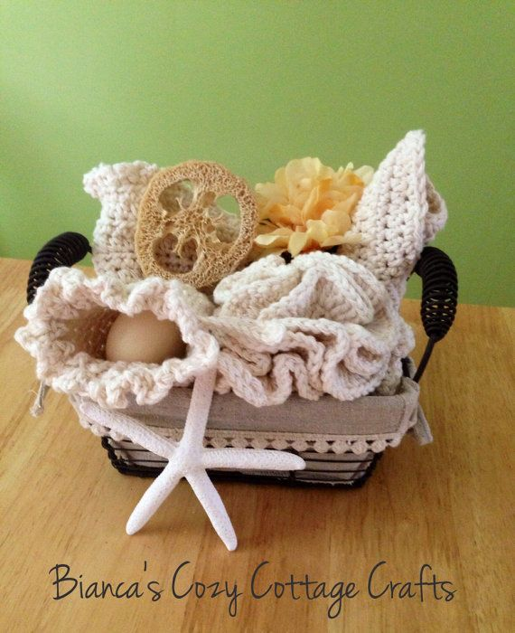 What do you use to exfoliate your skin, groom yourself or feel pampered? Plastic bath gloves, mesh body sponges or plastic scrubbies? Please dont! Get one of my crochet Bath-Sets instead: I used 100% American cotton yarn and it is so soft to your skin but yet so effective