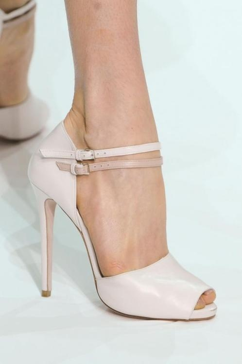 Im loving pale, blush shoes right now.