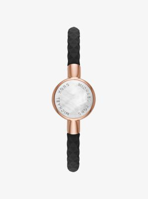 Track your steps, sleep and goals with our cool new Activity Tracker. Designed with a faceted silicone band and stylish hardware accents, the Crosby bracelet will help you keep your life on track and look great doing it.