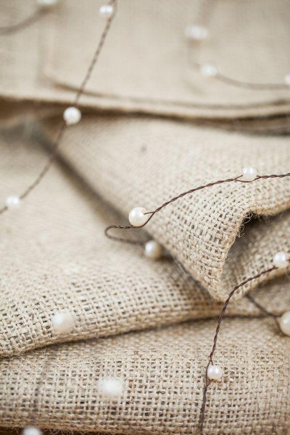 Perlas en guirnalda alambre con yute de la guita  boda