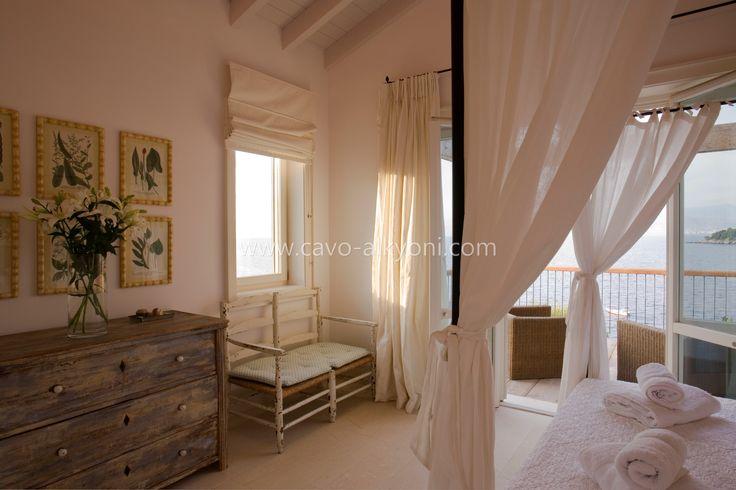 Villa Pelagia, Master Bedroom