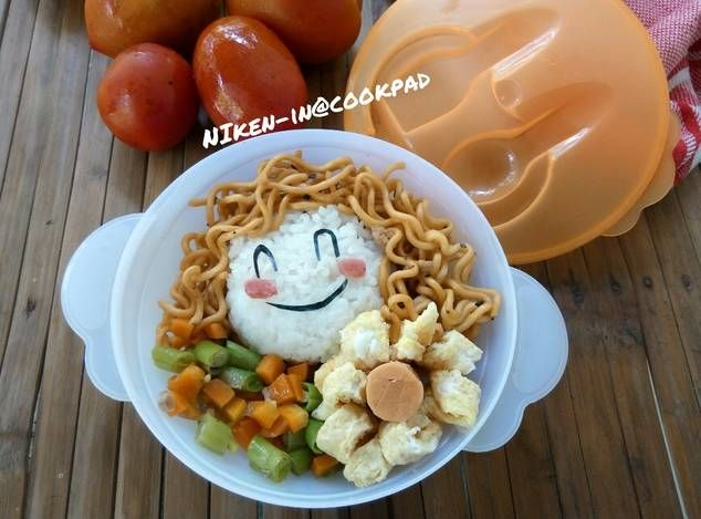 Cutie Curly Girl Bento (bekal anak)