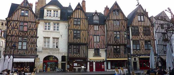 Place Plumereau - maisons du XVème