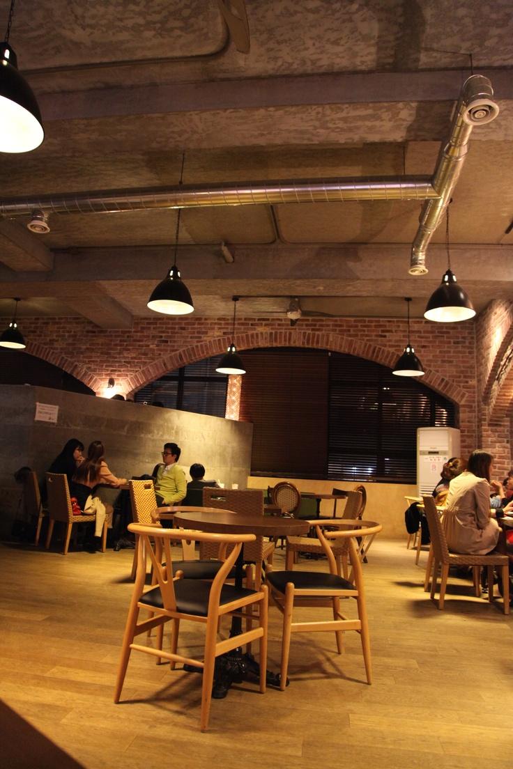 @2013.04.13  Cappuccino Strip  강남역에 위치한 시원시원한 느낌의 커피숍, 카푸치노 스트립