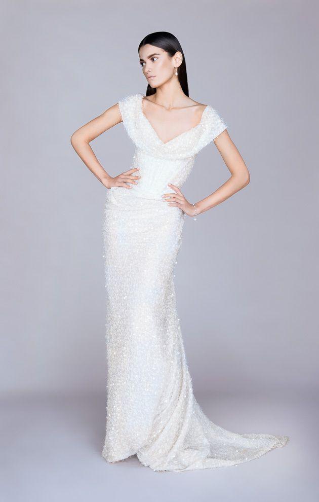 ヴィヴィアンウエストウッドのウェディングドレスとシューズ特集 | marry[マリー]