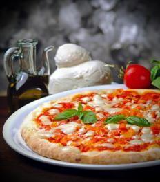 Pizza con la macchina del pane http://www.gustissimo.it/ricette/pizze/pizza-con-la-macchina-del-pane.htm