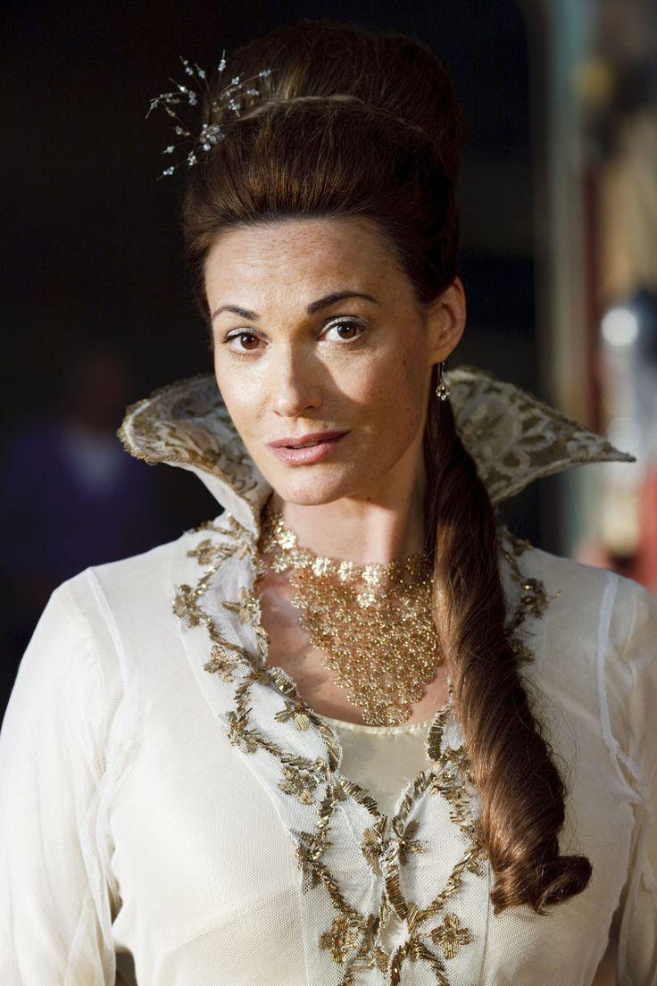"Merlin S2 Sarah Parish as ""Lady Catrina"""