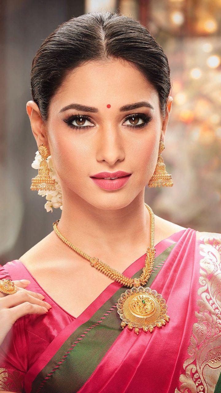 Tamanna  Actress  Traditional Outfit  Indian Sarree  720x1280 Wallpaper