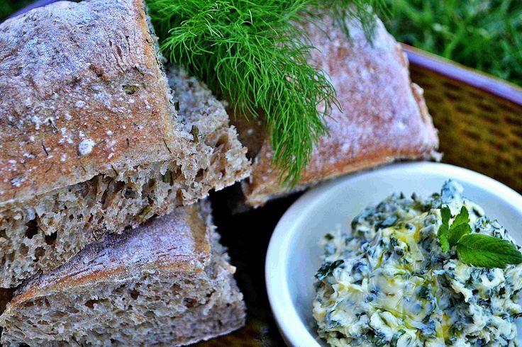 Bread with fresh fennel.
