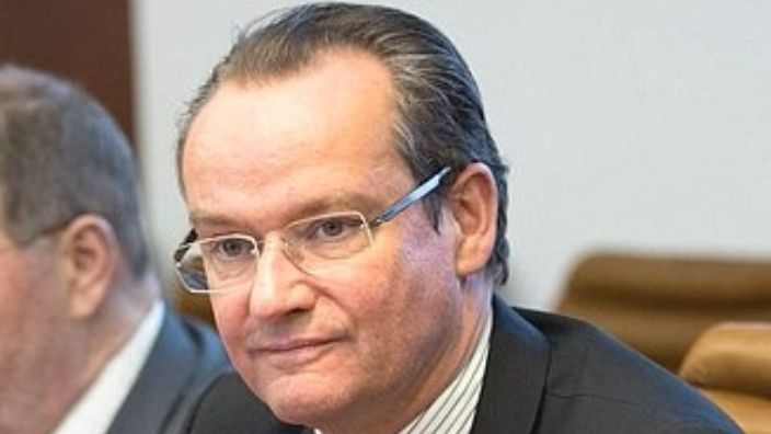 German official asks the European Commission to maintain MCV for Romania - News in English -    Radio România Actualităţi Online