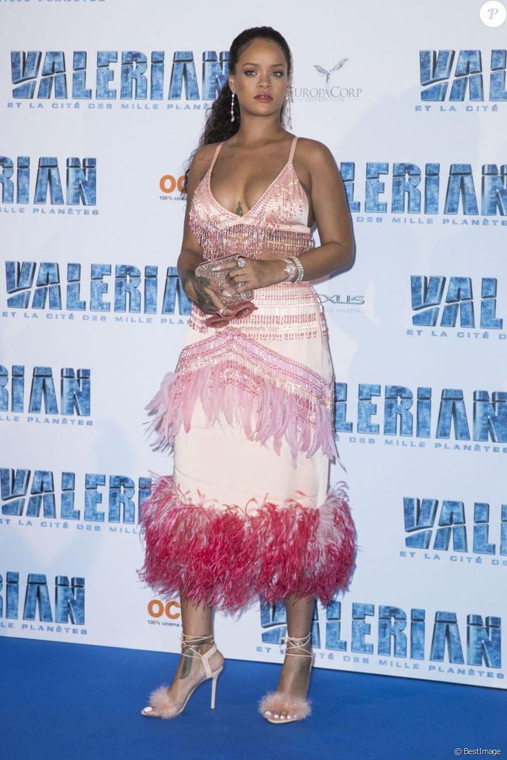 """Rihanna - Avant-première du film """"Valérian et la Cité des mille planètes"""" de L. Besson à la Cité du Cinéma à Saint-Denis, le 25 juillet 2017. © Olivier Borde/Bestimage"""