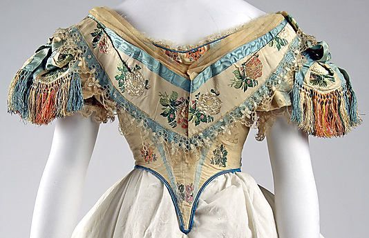 1861-1862 American silk Ball Gown Bodice (Photo 2 of 2)