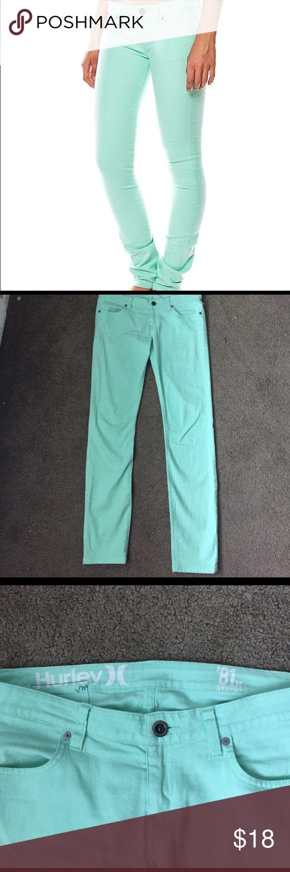 💞Weekend Sale💞Hurley 81 SkinnyTwillLegging Jeans Hurley 81 Skinny Twill Legging Jeans Seafoam. Super cute size 28. Hurley Jeans Skinny