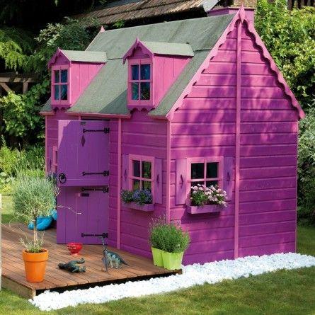 Qui n'a jamais rêver d'avoir une grande maison quand il était jeune ? Vous pouvez désormais offrir ce jouet à votre enfant et découvrir ses yeux émerveillés ! De nombreuses fenêtres pour plus de lumières.