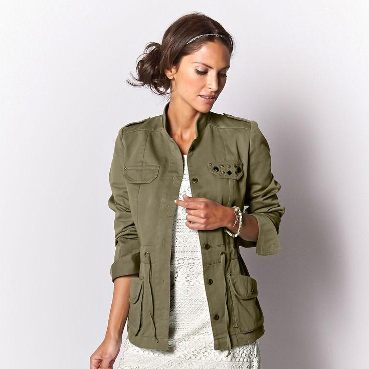Veste style army. Cette saison, la veste style army s\u0027impose dans le  dressing des fans de mode !