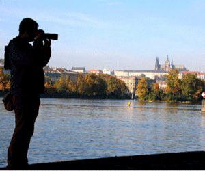Co to je HDR? HDR fotografování umožňuje pořizovat fotografie s velkým dynamickým rozsahem (tedy velkým rozdílem mezi světly a stíny) …