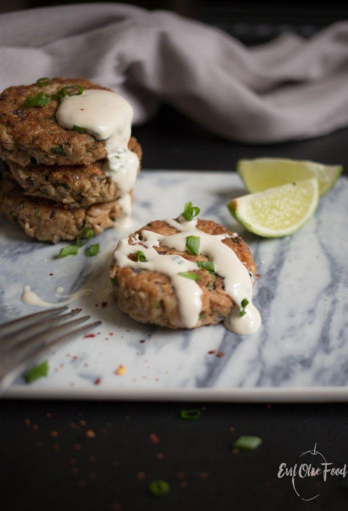 Котлеты из тунца / Tuna patties #recipe #foodblog #evilolivefood #tuna #patties #burger #fish_recipe #appetizer #тунец #закуски #котлеты #рыбные_рецепты #фудблог #рецепт