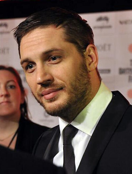 Tom Hardy - Attentivel...