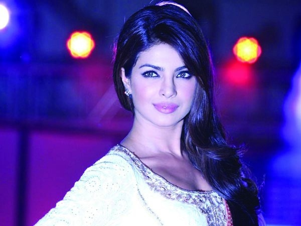 Priyanka Chopra is one large-hearted celebrity. Evidence of which is that lately, after experiencing a delicious food at a suv cafe in Mumbai, the celebrity expected the servers dual of what her invoice was. The reason – she was excited with the service the servers offered her. - See more at: http://news4bollywoodmasala.blogspot.com
